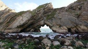 Ιουρασική ακτή κοντά σε Lulworth στο Dorset απόθεμα βίντεο
