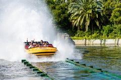 Ιουρασικός γύρος νερού πάρκων Στοκ Εικόνες