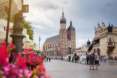 10 Ιουλίου 2017 - Κρακοβία, Πολωνία - μεταφορά με τα άλογα, παλαιό σεντ πόλεων Στοκ εικόνα με δικαίωμα ελεύθερης χρήσης