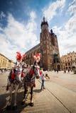 10 Ιουλίου 2017 - Κρακοβία, Πολωνία - μεταφορά με τα άλογα, παλαιό σεντ πόλεων Στοκ Εικόνες