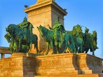 Ιππείς στους ήρωες τετραγωνική Βουδαπέστη Στοκ φωτογραφίες με δικαίωμα ελεύθερης χρήσης