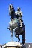 Ιππικό άγαλμα χαλκού του βασιλιά Philip ΙΙΙ από το 1616 στο δήμαρχο Plaza στη Μαδρίτη, Ισπανία Στοκ Φωτογραφίες