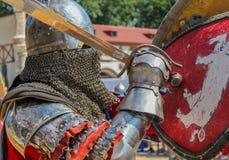 Ιππότες στην πάλη τεθωρακισμένων με τα ξίφη Στοκ Φωτογραφίες