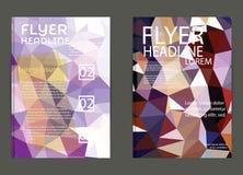 Ιπτάμενο, πρότυπα σχεδίου φυλλάδιων Γεωμετρική τριγωνική περίληψη Στοκ Φωτογραφία