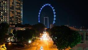 Ιπτάμενο της Σιγκαπούρης με τα γρήγορα κινούμενα αυτοκίνητα timelapse φιλμ μικρού μήκους