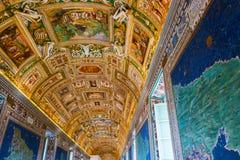 διπλή σκάλα Βατικανό της Ρώμης μουσείων της Ιταλίας ελίκων Στοκ Εικόνα