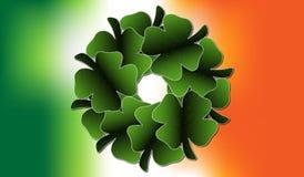 Ιρλανδικό στεφάνι φύλλων τριφυλλιού στοκ φωτογραφία με δικαίωμα ελεύθερης χρήσης