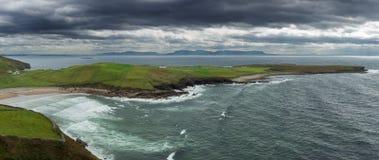 Ιρλανδικό παράκτιο πανόραμα Στοκ Φωτογραφία