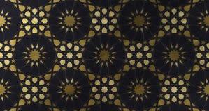 Ισλαμικό διακοσμητικό σχέδιο με τη χρυσή καλλιτεχνική σύσταση στοκ φωτογραφία