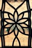 Ισλαμικό σχέδιο λουλουδιών στο γυαλί Στοκ εικόνες με δικαίωμα ελεύθερης χρήσης