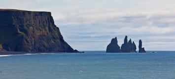 Ισλανδία reynisdrangar Στοκ Εικόνες