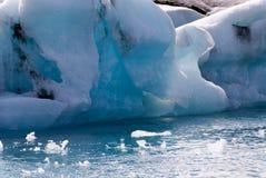 ισλανδική λίμνη jokulsarlon παγόβο&upsilo Στοκ Εικόνες