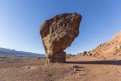 Ισορροπημένος βράχος στην εθνική περιοχή αναψυχής φαραγγιών του Glen Στοκ φωτογραφία με δικαίωμα ελεύθερης χρήσης