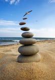 ισορροπημένο ύφος πετρών μ&up Στοκ φωτογραφία με δικαίωμα ελεύθερης χρήσης