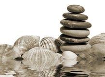 ισορρόπησε τις πέτρες Στοκ εικόνα με δικαίωμα ελεύθερης χρήσης