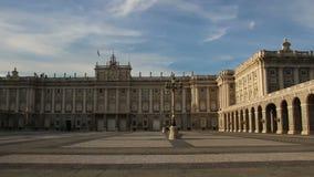 Ισπανία παλάτι pincipal βασιλική δευτερεύουσα Ισπανία της Μαδρίτης Επισκόπηση από τα δεξιά προς τα αριστερά φιλμ μικρού μήκους