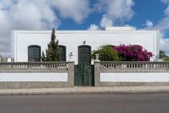 Ισπανία, Lanzarote, χαρακτηριστικός Λευκός Οίκος στοκ εικόνα με δικαίωμα ελεύθερης χρήσης