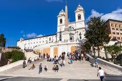 Ισπανικά βήματα και dei Monti Trinita στην πόλη της Ρώμης Στοκ φωτογραφία με δικαίωμα ελεύθερης χρήσης