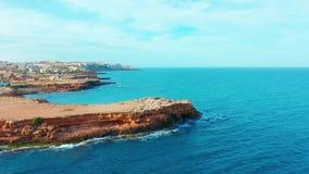 Ισπανική γραμμή ακτών, Αλικάντε μια πόλη στην κοινότητα της Βαλένθια και η επαρχία Κόστα Μπλάνκα Αλικάντε Ισπανία Ευρώπη απόθεμα βίντεο