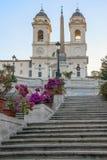ισπανική κορυφή βημάτων της Ρώμης monti της Ιταλίας dei εκκλησιών trinit Στοκ Εικόνα