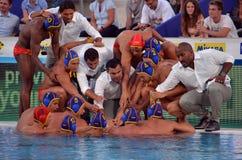 Ισπανική ομάδα waterpolo που προετοιμάζεται για τη μάχη-κραυγή Στοκ Εικόνες