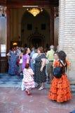 Ισπανικοί λαοί που εισάγουν μια εκκλησία, Marbella Στοκ φωτογραφία με δικαίωμα ελεύθερης χρήσης