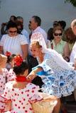 Ισπανικοί λαοί στο παραδοσιακό φόρεμα, Marbella Στοκ φωτογραφία με δικαίωμα ελεύθερης χρήσης