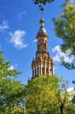 Ισπανικός τετραγωνικός πύργος Στοκ φωτογραφία με δικαίωμα ελεύθερης χρήσης