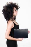 Ισπανικό πρότυπο που φορά το μαύρο προκλητικό φόρεμα και Στοκ εικόνα με δικαίωμα ελεύθερης χρήσης