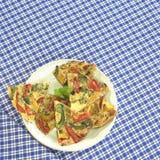 Ισπανικό tortilla στο πιάτο Στοκ εικόνα με δικαίωμα ελεύθερης χρήσης