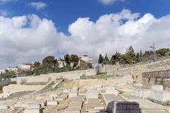 Ισραήλ Ιερουσαλήμ - 15 Φεβρουαρίου 2017 Άποψη του παλαιού εβραϊκού νεκροταφείου Στοκ εικόνες με δικαίωμα ελεύθερης χρήσης
