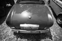 ΙΣΡΑΗΛ, PETAH TIQWA - 14 ΜΑΐΟΥ 2016: Μεγάλο αυτοκίνητο BMW 503, 1958 tourer Το οπίσθιο μέρος του αυτοκινήτου σε Petah Tiqwa, Ισρα Στοκ Εικόνες