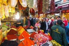 ΙΣΤΑΝΜΠΟΎΛ - 21 ΤΟΥ ΝΟΕΜΒΡΙΟΥ: Το καρύκευμα Bazaar ή αιγυπτιακό Bazaar είναι ένα ο στοκ φωτογραφίες με δικαίωμα ελεύθερης χρήσης