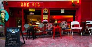 Ιστανμπούλ, Cihangir/Τουρκία 04 04 2019 - Καφετερία στην Τουρκία με μια καταπληκτικά έννοια και ένα σχέδιο στοκ εικόνες