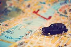 Ιστορία ταξιδιού παιχνιδιών μικρό ταξίδι χαρτών του Δουβλίνου έννοιας πόλεων αυτοκινήτων Στοκ Φωτογραφία