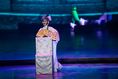 Ιστορία Peony--Ιστορικός μαγικός ο μαγικός δράματος τραγουδιού και χορού ύφους - Gan Po Στοκ φωτογραφία με δικαίωμα ελεύθερης χρήσης