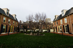 Ιστορικά κτήρια τούβλου στο Hill κοινωνίας στη Φιλαδέλφεια, Pennsy Στοκ εικόνα με δικαίωμα ελεύθερης χρήσης
