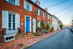 Ιστορικά σπίτια και μια οδός σε Annapolis, Μέρυλαντ Στοκ Εικόνα