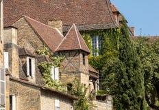 Ιστορικά σπίτια κατά μήκος της οδού Montagne στο Λα Caneda Sarlat στο τμήμα Dordogne, Aquitaine, Γαλλία στοκ εικόνες