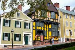 Ιστορικά σπίτια στην οδό του Thomas, πρόνοια, RI Στοκ εικόνα με δικαίωμα ελεύθερης χρήσης