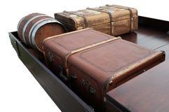 Ιστορικές αποσκευές σε ένα κρεβάτι φορτίου στοκ φωτογραφία