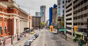 Ιστορική κυκλοφορία αυτοκινήτων αρχιτεκτονικής πόλεων timelapse απόθεμα βίντεο