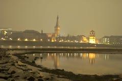 Ιστορική πόλη του duesseldorf τη νύχτα Στοκ Εικόνες