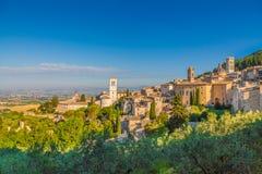 Ιστορική πόλη Assisi στην ανατολή, Ουμβρία, Ιταλία Στοκ Φωτογραφίες