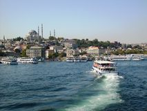 Ιστορική χερσόνησος της Ιστανμπούλ από την εικόνα θάλασσας Στοκ εικόνες με δικαίωμα ελεύθερης χρήσης