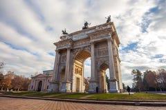 Ιστορικός μαρμάρινος Arco αψίδων ρυθμός della, πλατεία Sempione, Μιλάνο, Στοκ Εικόνες