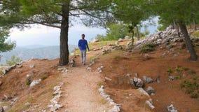 ιστορικός τρόπος lycian οδοιπορίας περπατήματος ατόμων τουριστών, δρόμος lycia, Τουρκία φιλμ μικρού μήκους