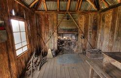 ιστορικό αγροτικό σπίτι στοκ εικόνα με δικαίωμα ελεύθερης χρήσης
