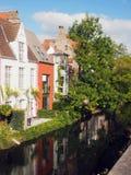Ιστορικό κανάλι Ευρώπη σπιτιών της Μπρυζ Βέλγιο Στοκ Εικόνα