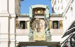 Ιστορικό μουσικό ρολόι στη Βιέννη Στοκ Φωτογραφία